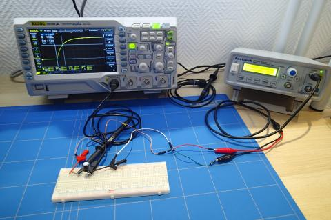 Measure capacitance with scope